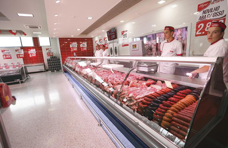 abertura-hiper-mercado-da-carne-011