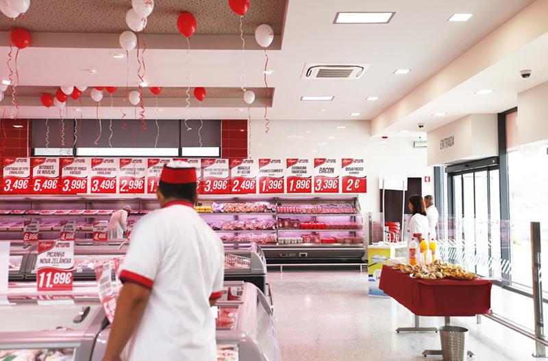 abertura-hiper-mercado-da-carne-014